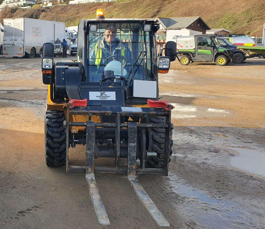 DFL Forklift Driver On Location